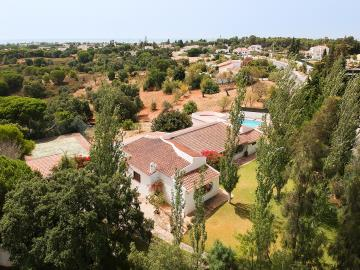 Detached house, Porches, Lagoa (Algarve)