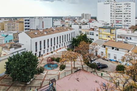 Moradia em Banda, Central - Faro, Faro