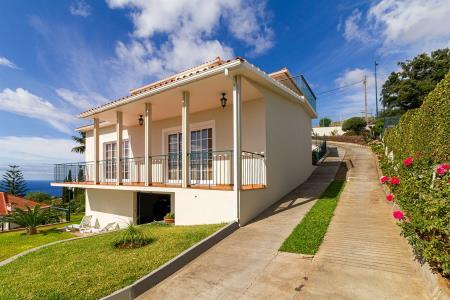 Moradia Isolada, Garajau, Santa Cruz